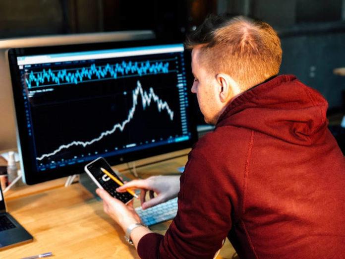 Fundusze inwestycyjne a konta oszczędnościowe – różnice